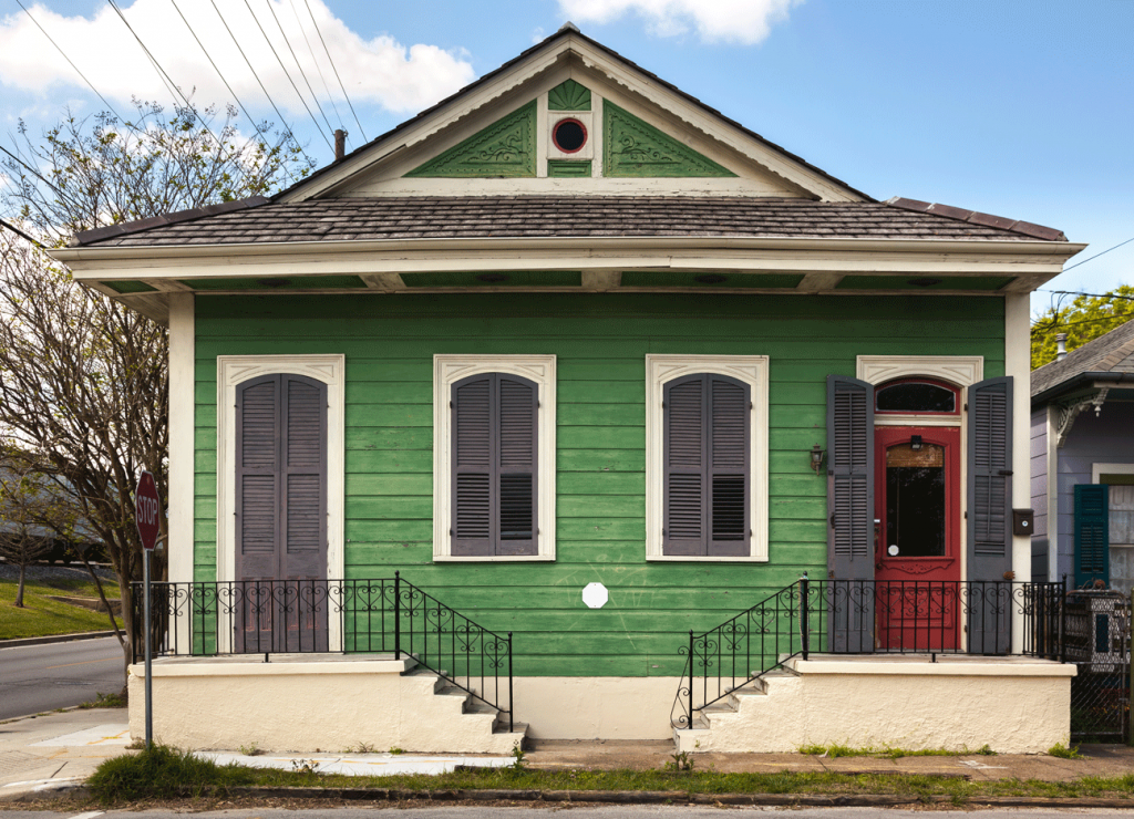 signs you need to paint your home: faded house paint
